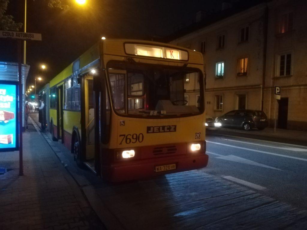 Nieoczekiwana zmiana trasy Bus Escape Escape Service